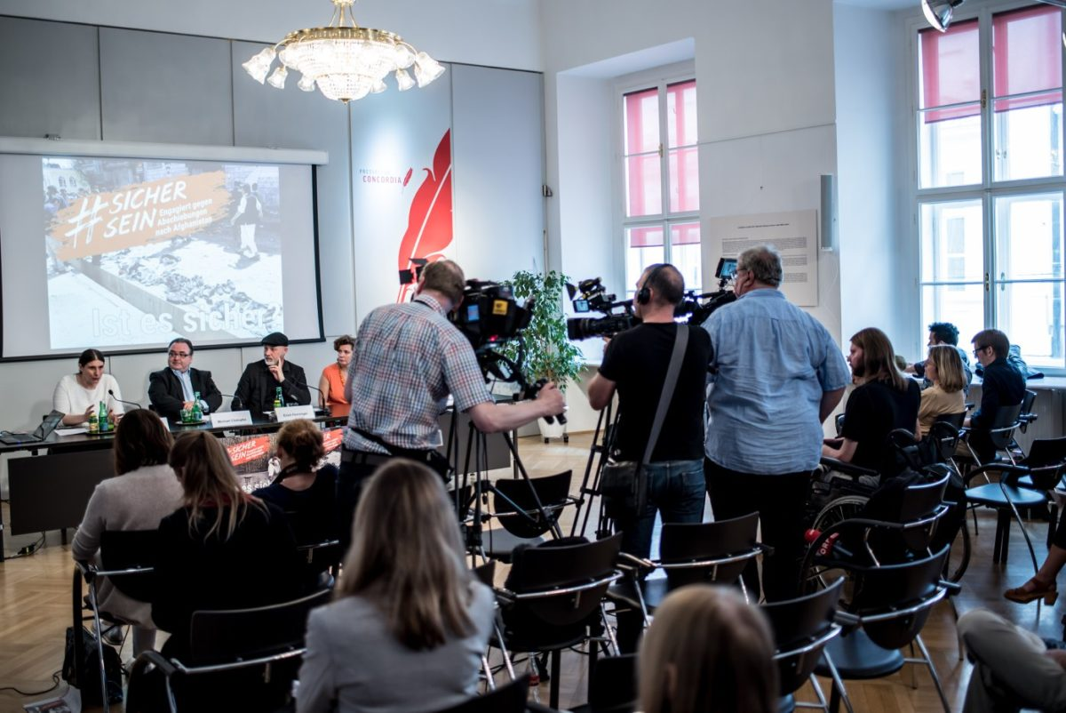 Pressekonferenz-Facebook-3