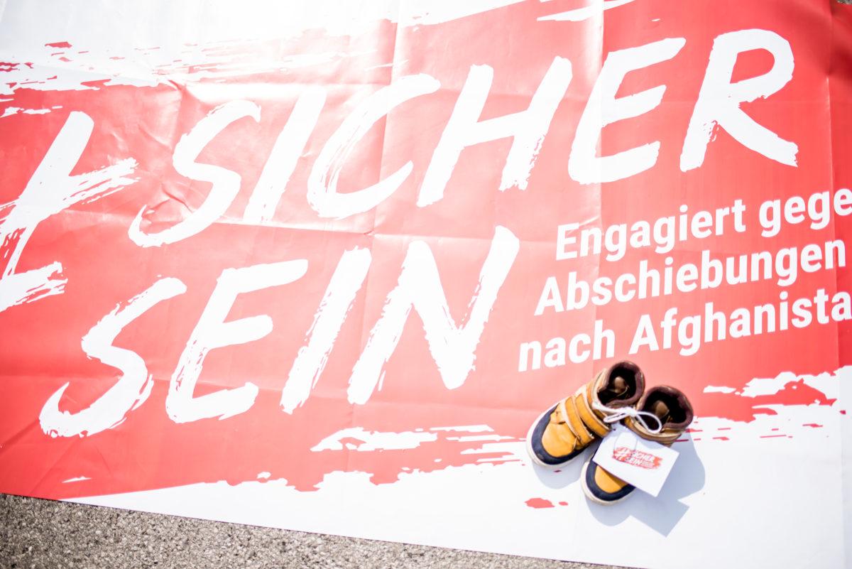 schuhe-und-musikalischer-protest-c-christoph-glanzl (2)