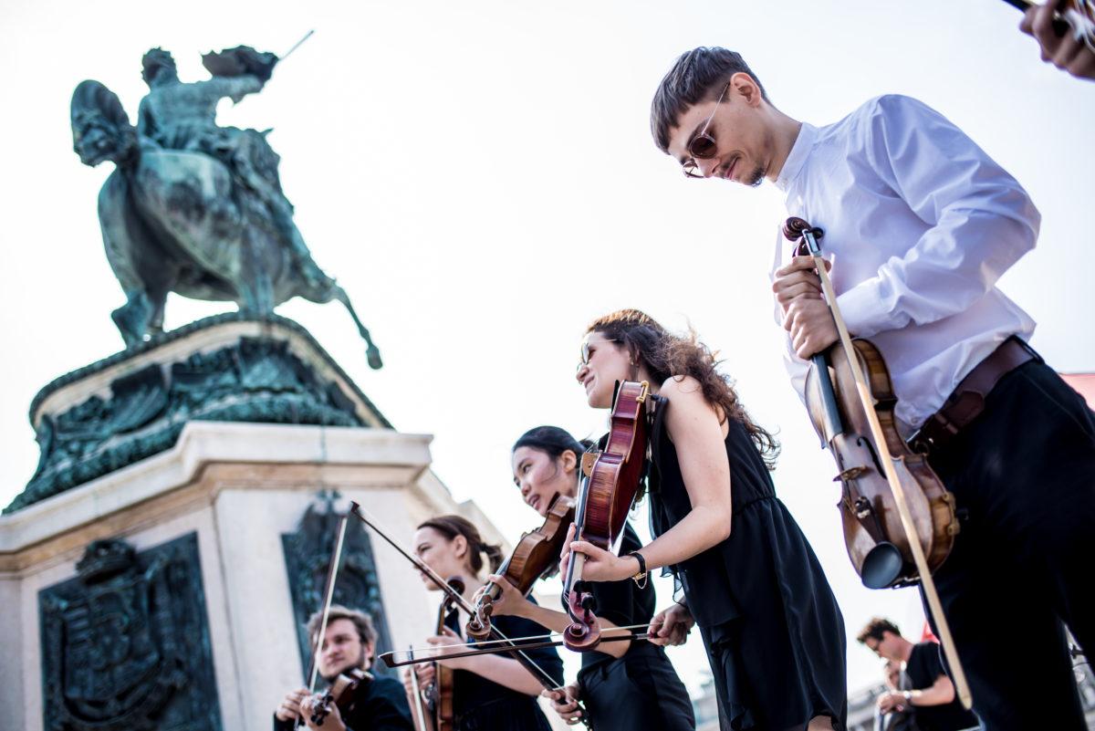 schuhe-und-musikalischer-protest-c-christopher-glanzl (29)